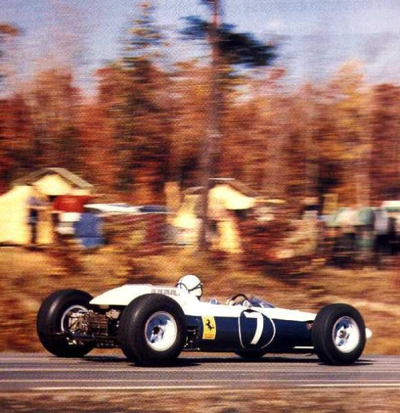 1964 Yılındaki US GP'de Yarışan N.A.R.T.'e ait Ferrari 158