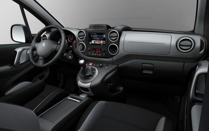 Peugeot-Partner-Tepee-Outdoor-12