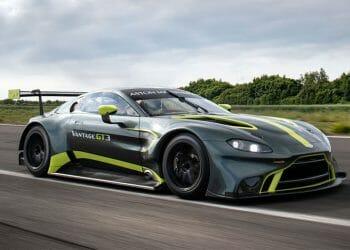 Aston-Martin-Vantage-GT