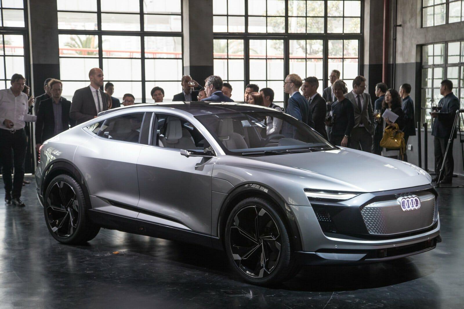 df20b2ed-2017-audi-e-tron-sportback-concept-15
