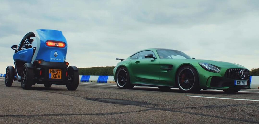 Twizy-vs-AMG-GT-R