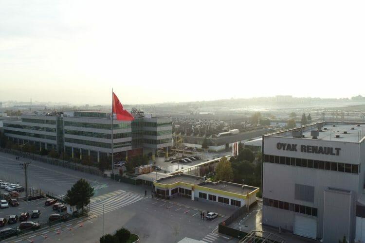 oyak-renault-hava-fotografi-fabrika-binasi-kurumsal